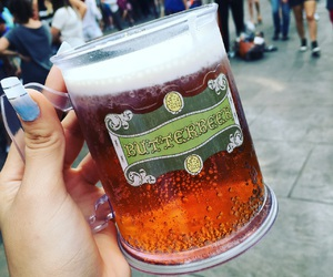 harry potter, universal studios, and butter beer image