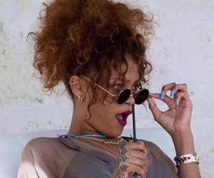 rihanna and reaction image