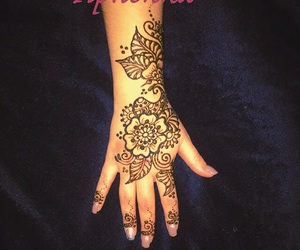 drawing and henna image