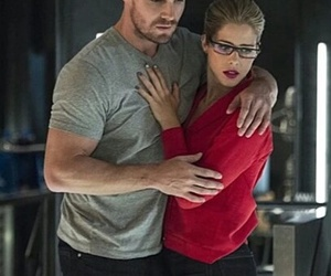 arrow, olicity, and oliver queen image