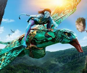 James Cameron and avatar movie image