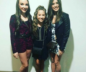Kendall, premiere, and kenzie image
