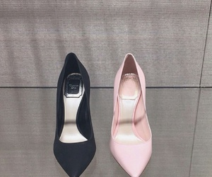 shoes, ariana grande, and black image