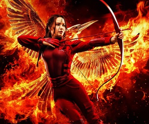 Jennifer Lawrence, fire, and the hunger games image