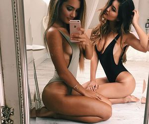 girl, body, and friends image