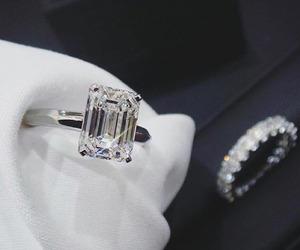 fashion, diamond, and jewelry image
