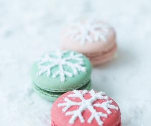 food, christmas, and macaroons image
