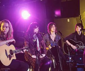 acoustic, band members, and diva image
