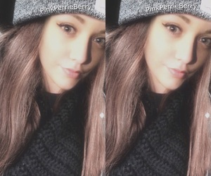beanie, winter, and fizzy image