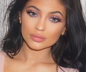 eyes, jenner, and kylie image
