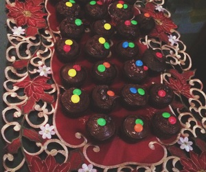 christmas and cupcakes image