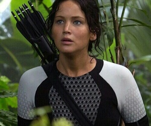 the hunger games and Jennifer Lawrence image