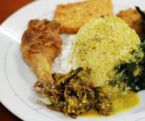 indonesian food, rice, and sambal image