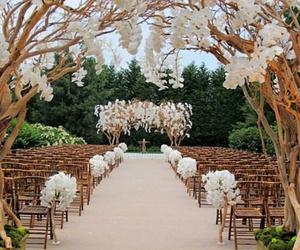 wedding and flowers image
