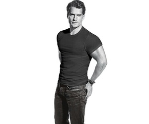 actor, Henry Cavill, and handsome image