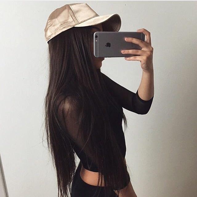 Картинки на аву девушки с айфоном