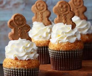 cupcake, food, and Cookies image