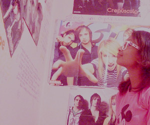 bedroom, paramore, and glasses image