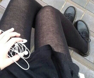 black, grunge, and music image