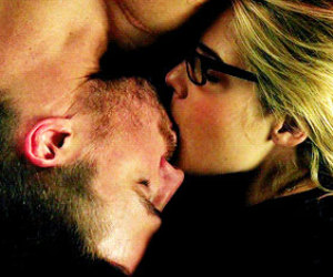 arrow, serie, and emily bett rickards image