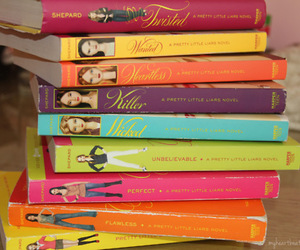 books and pretty little liars image