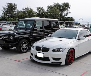 bmw m3 e92 and mercedes-benz g 55 amg image