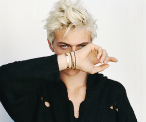 model, lucky blue smith, and boy image