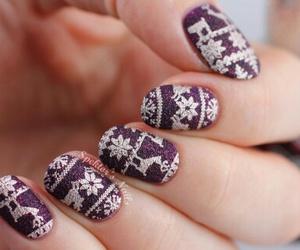 christmas, pretty, and nail art image