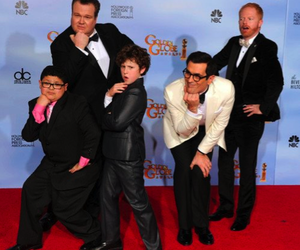 modern family, dm, and funny image