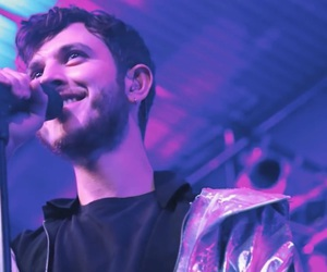 oscar and the wolf and max colombie image