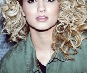 girl and tori kelly image