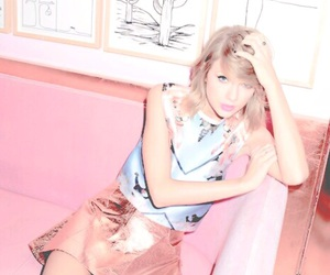 indie, pale pink, and Taylor Swift image