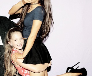 meet and greet, arianagrande, and honeymoon tour image