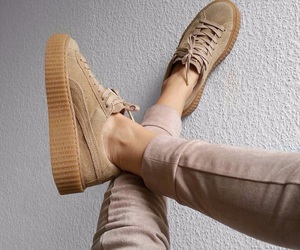 basket, beige, and chaussures image