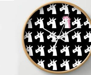 licorne and horloge image