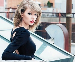 Taylor Swift, black, and singer image