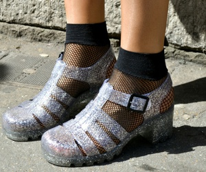 jelly shoes image