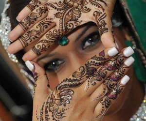 henna and henne image