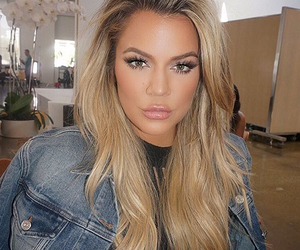 khloe kardashian, kardashian, and makeup image