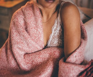 blanket, bra, and bralette image