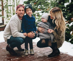 blond, hiver, and parents image