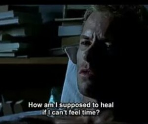 guy pearce, heal, and memento image