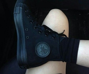 black, converse, and grunge image