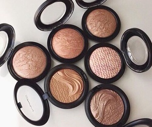makeup, mac, and bronzer image
