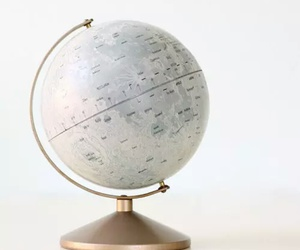 globe and world image