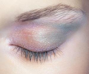 makeup, eye, and pale image
