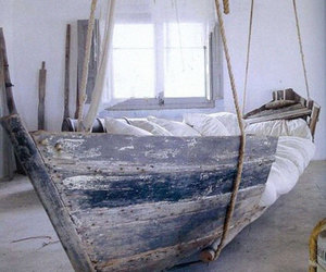 bed and boat image