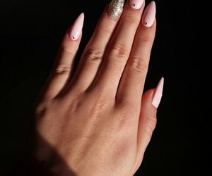 nails, pink, and beautifoll image