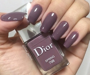 nails and dior image