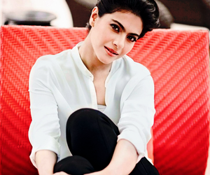 bollywood, Queen, and kajol image